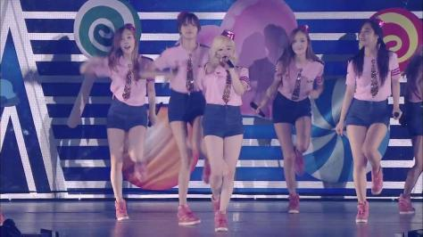 [HD] Girls' Generation Japan 2nd Tour Concert Limited Edition 2013 [Full].mp4_snapshot_02.09.38_[2013.09.26_17.11.28]